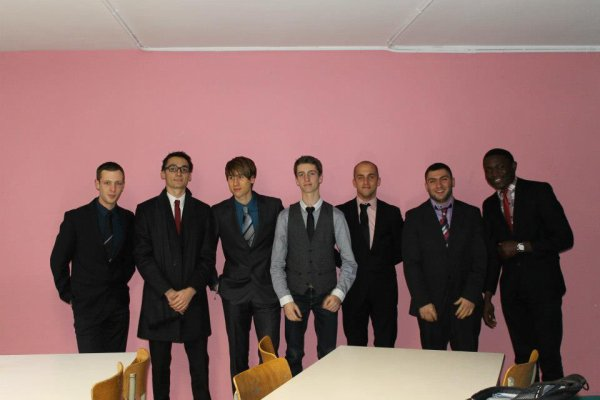 7GA :D les cravateuh :D