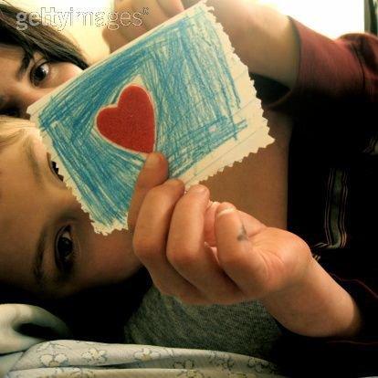 """Quand une fille dit """" tu me manques"""" personne au monde ne peut lui manquer plus que ça."""