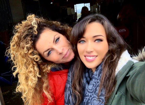Elsa Esnoult & Manuela Lopez