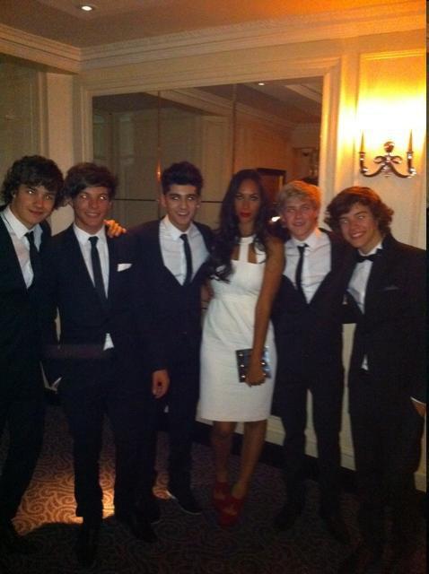 Le 01/09/11 les One Direction à une soirée de charité.