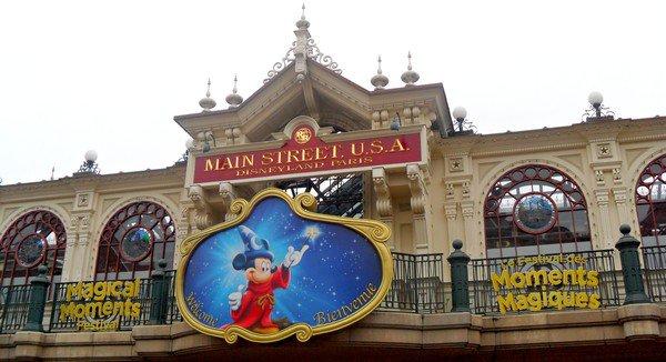 Avril 2011 : Présentation du Festival des Moments Magiques