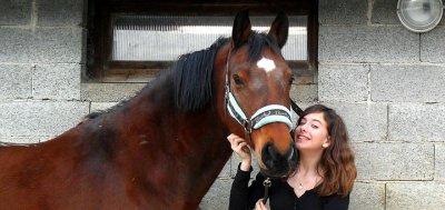 """""""Le cheval enseigne à l'homme la maîtrise de soi, et la faculté de s'introduire dans les pensées et les sensations d'un autre être vivant."""" ♥"""