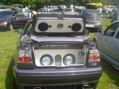 voila le coffre du cab golf 3 tuning a fond. Black Bedroom Furniture Sets. Home Design Ideas