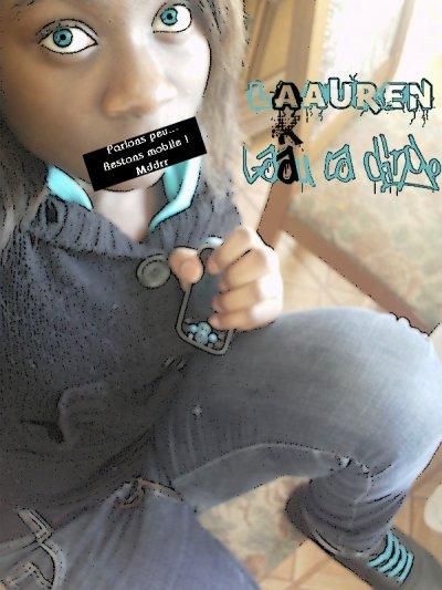 Facebook : Lauren Lolo-Dao . (: Ma mômaan m'a tjr dit de paas paarler aux inconnus ;P J'accepte paas nimporte qui !