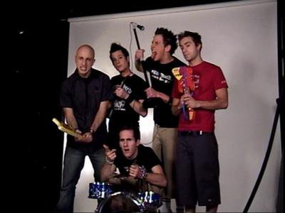 Chat Live With Simple Plan Tuesday @ 6:30PM EST