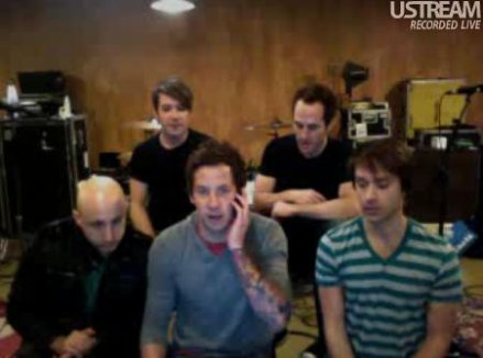 Simple Plan Chat