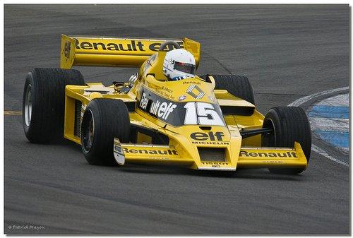 F1 - RETRO - XIII
