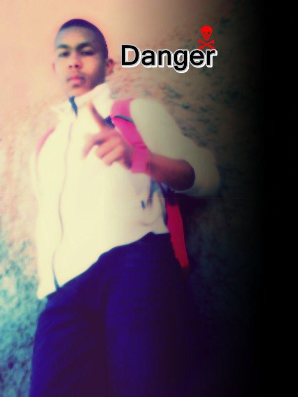 Askri Dlam Danger
