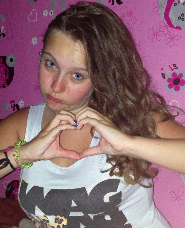 Moi<3 love<3