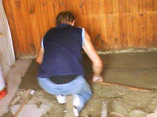 de nouvel tof kand je faisais des travaux a l'hutte !!!
