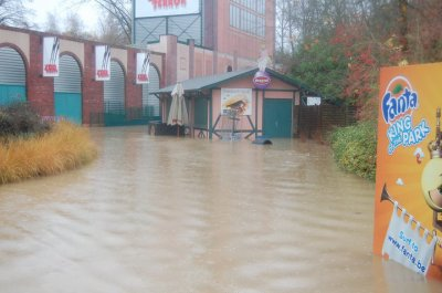 Walibi Belgium sous eau !