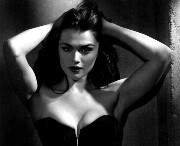 Sexy Rachel Weisz !