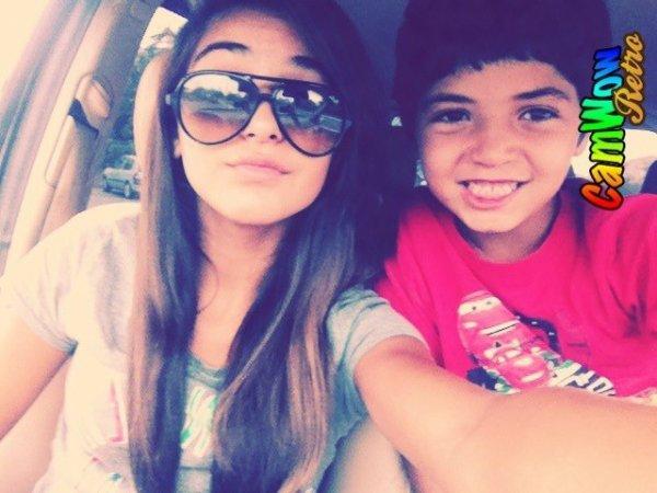 Le petit frère et moi <3