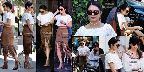02/04/16 : Vanessa sortait du salon Nine Zero One dans West Hollywood . Sa tenue est spéciale, j'aime pas tellement, un gros gros bof, mais ses bottines sont superbe.