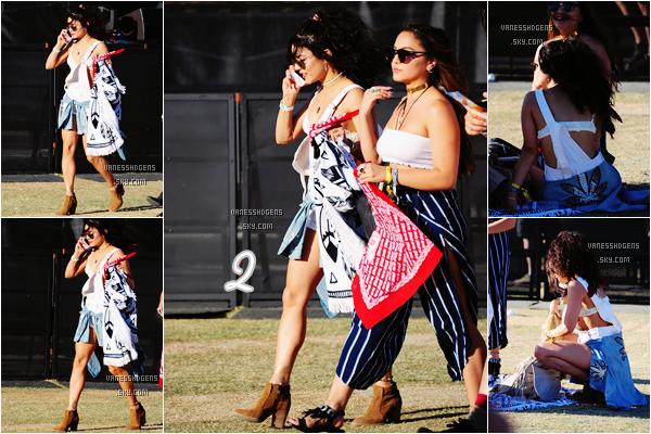 Le 15 avril, Vanessa et Stella était au premier jour du premier week end du festival de musique Coachella (1), le 16 avril au deuxième jour (2) et le 17 avril au troisième jour à Indio (3). Ses tenues sont sympas, j'aime bien sont style durant le festival.