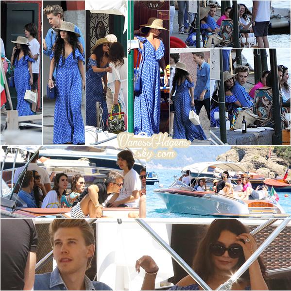 20/06/16 : Les tourtereaux ce sont permis une escapade, ils ont étaient vus se promenant et sur un bateau à Portofino, Italie. J'avais donc raison, un petit voyage, avec des amis à eux, la robe de Vanessa est superbe, elle lui va super bien, c'est son look.