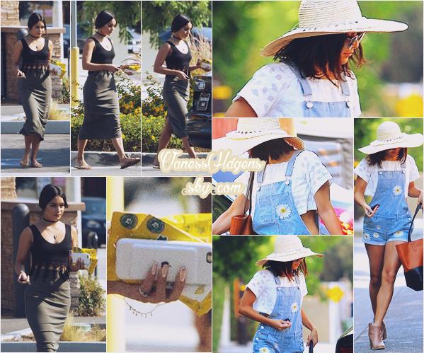 04/08/16 : Vanessa Hudgens a été faire ses emplettes et sortait donc de walgreens,  Studio City. La veille elle s'est rendue à aroma cafe, j'adore ses deux tenues, sa salopette short est génial et lui va très très bien, je suis fan.
