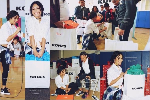 17/08/16 : V était à l'événement de la marque Kohl's qui consiste à offrir des chaussures aux enfants entrant à l'école de LA. Très belle action de la belle pou tous ses enfants, côté tenue c'est un très beau top, j'adore sa petite chemise.