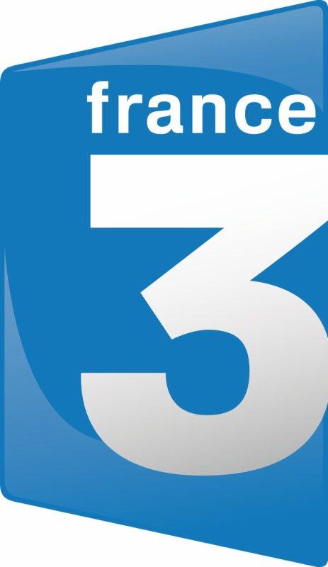 REMISE EN DIRECTE, DU TROPHÉE DU SPORTIF DE L'ANNÉE 2013 FRANCE 3 POITOU, SUR LE PLATEAU DU JOURNAL 19/20 POITOU CHARENTE DIMANCHE 22 DÉC