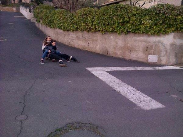#Nous on fait du skate comme ça. :p<3