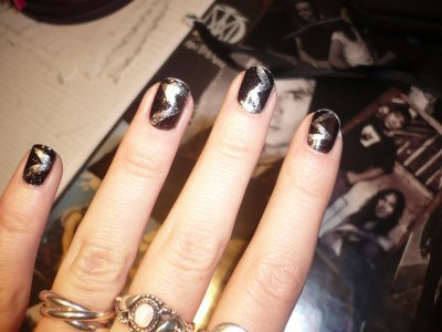 Nail art au scotch =)