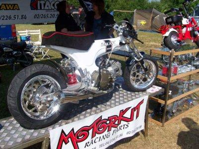 motorkit(belgique).des bosseurs de fou!!!!!