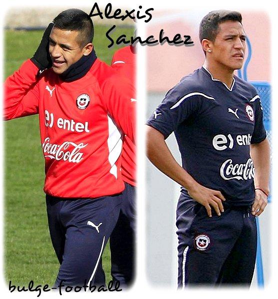 Alexis Sanchez bulge
