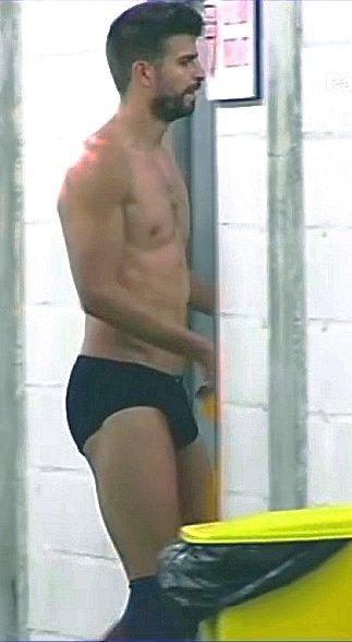 Gerrad piqué bulge