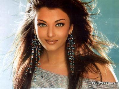 La femme la plus belle du monde d di aux algeriens - Aishwarya rai coup de foudre a bollywood ...