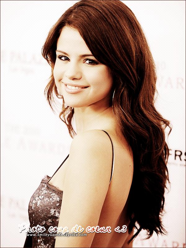_ Photo coup de c½ur ; Je trouve Selena Gomez vraiment sublime sur cette photo .. ♥
