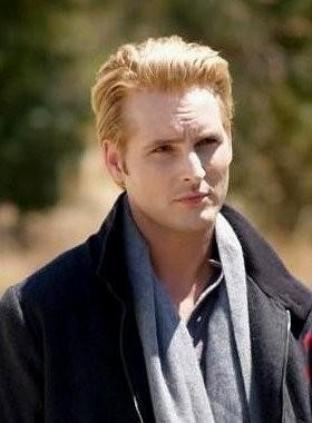 Peter Facinelli élu pire vampire de l'histoire du cinéma