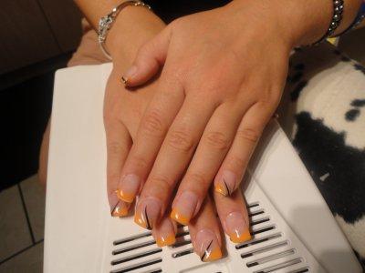 remplissage french x néon orange!!!!! trait au liners