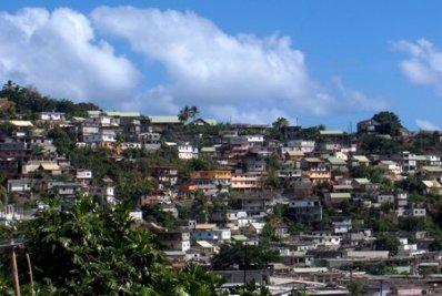 """Le parcours du combattant des """"clandestins"""" de Mayotte"""
