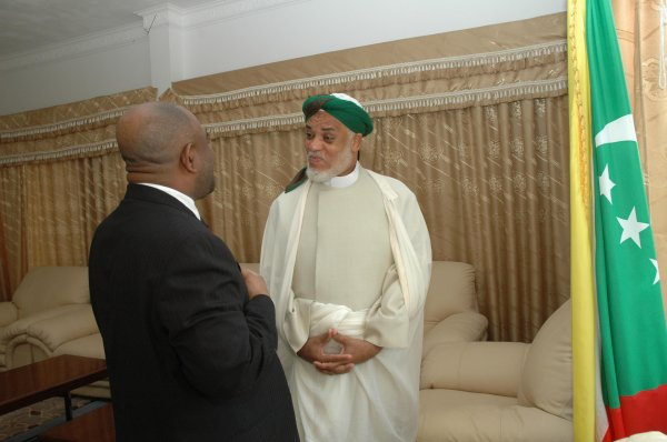 Réponse du MCJP à l'ex-président Azali Assoumani  Sambi-Azali : performances et contre-performances