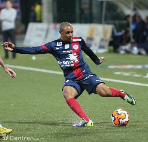 Terence Makengo, 2013/2014, porté contre Troyes le 14/02/2014