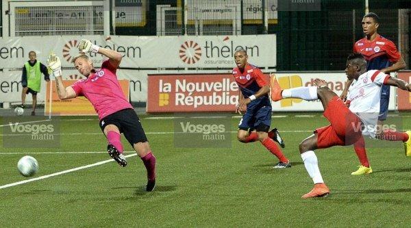 Landry Bonnefoi, 2014/2015, porté contre Troyes le 01/08/2014