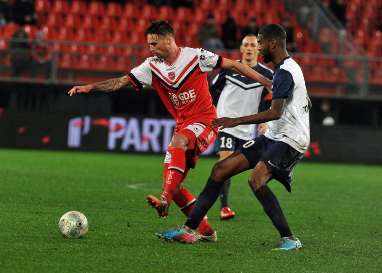 Sébastien Roudet, 2014/2015, porté à Valenciennes le 12/12/2014