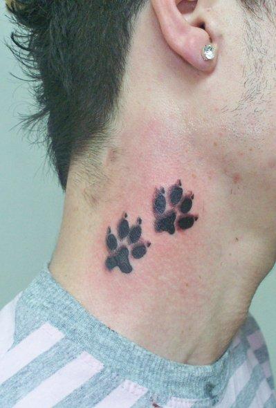 pattes de chien photos des percings et tatouages que j 39 ai r alis s. Black Bedroom Furniture Sets. Home Design Ideas