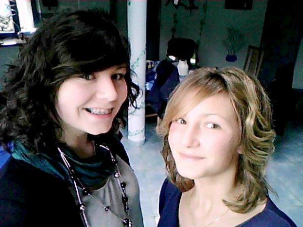 La photo n'a rien n'a voir, c'est juste ma soeur, celle pour qui je me batterai juste qu'a ma derniere seconde ♥.
