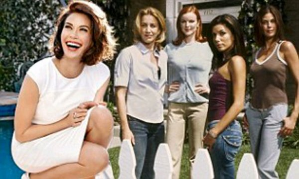 Est-il vrai que les stars de Desperate Housewives ne pouvaient pas se soutenir? Maintenant que la série est terminée pour de bon, Teri Hatcher révèle la vérité ...