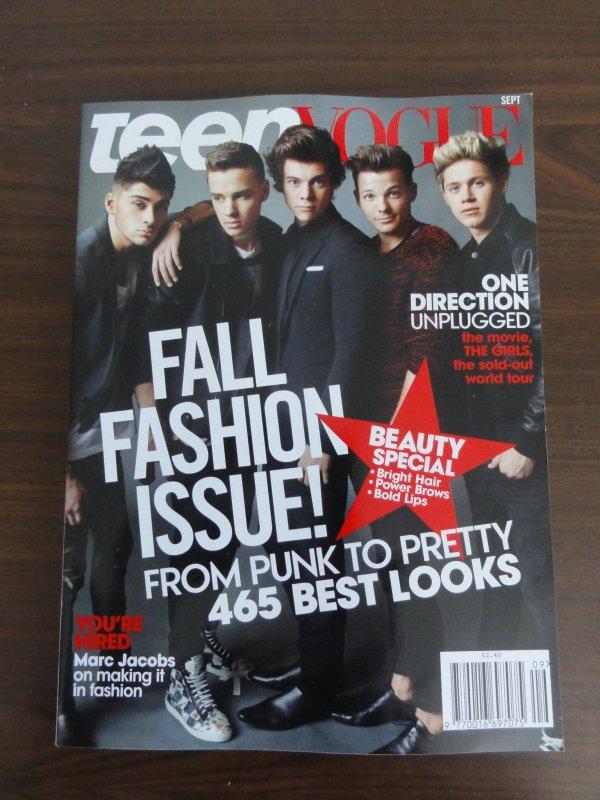 ♥ Il reste une biographie, 1 livre stickers, Teen vogue us, Teen now et stylos 1D, Look, Company, Seventeen us, Glamour uk...♥