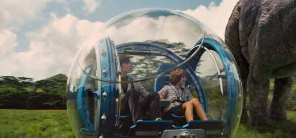 Jurassic World : Une copie pure et simple de Jurassic Park ?