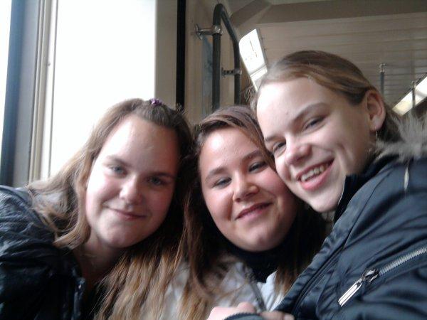 moi morgane et ma soeur