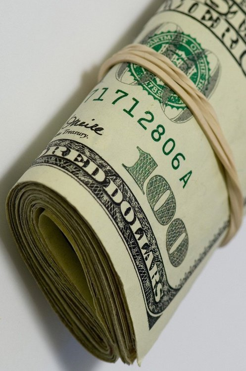 """""""L'argent n'a pas d'odeur, mais lorsque l'on en a pas, ça se sent."""""""