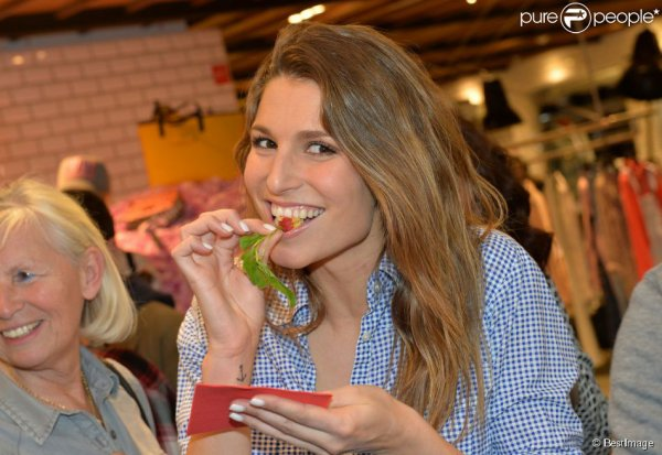 Laury Thilleman - Reebok Happy Party