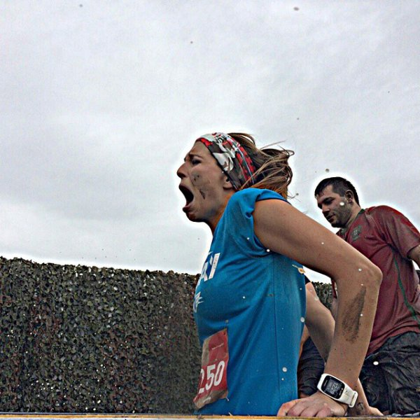Laury Thilleman - Mud Day