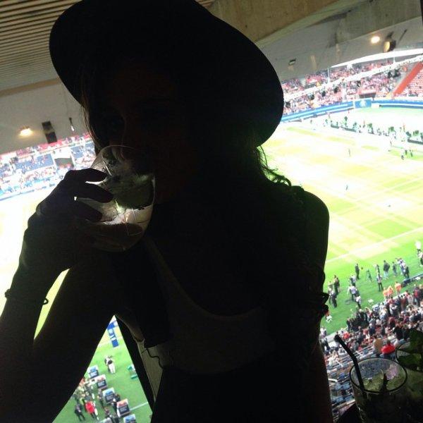 Malika Ménard - Match PSG / Reims