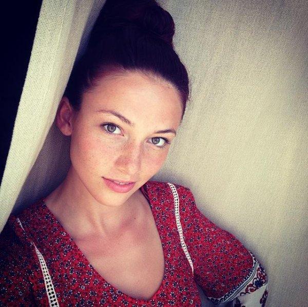 Delphine Wespiser - Selfie
