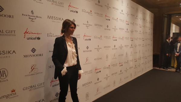 Linda Hardy / Laury Thilleman - Global Gift Gala