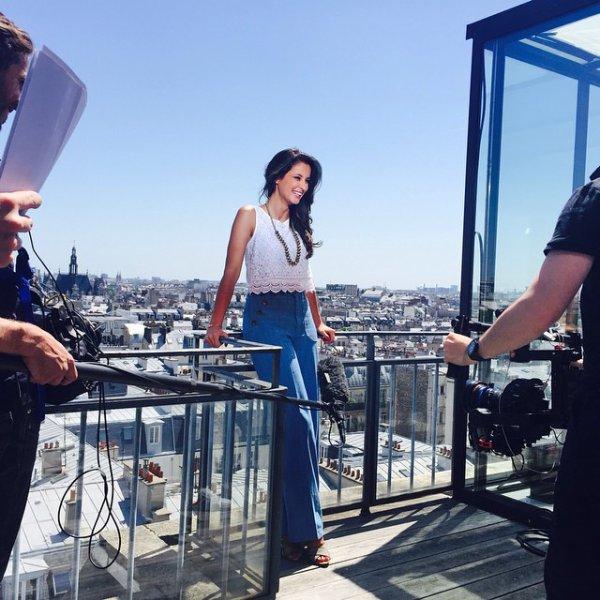 Malika Ménard - Tournage Fashion Bloggers